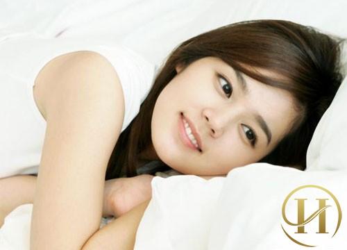 Học cách chăm sóc da mặt căng mịn của sao Hàn