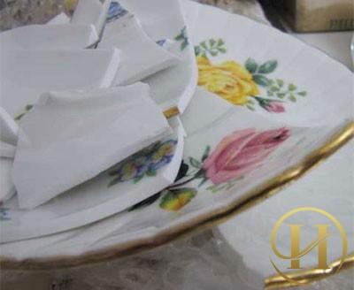 Nên tránh việc làm vỡ bát đĩa nhé